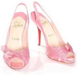 christian_louboutin_topuklu pembe ayakkabı