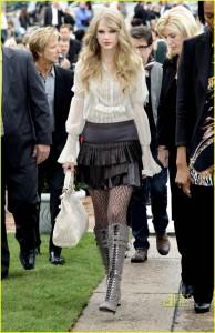 Roberto Cavalli milano moda haftası Taylor Swift