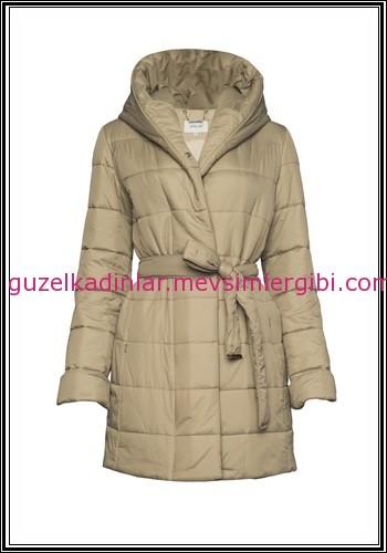 83a8efdd36cab ... moda kaban modelleri ATALAR 2014 bej rengi palto modelleri 595 TL ...
