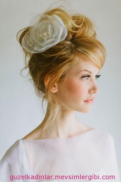 yüz tipine göre gelin saçı seçimi nasıl yapılır