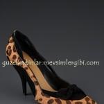 Jennifer Lopez leopar ayakkabı