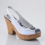 yazlık sandaletler